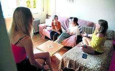 5.700 estudiantes pagan hasta 500 euros al mes por una habitación en Bizkaia