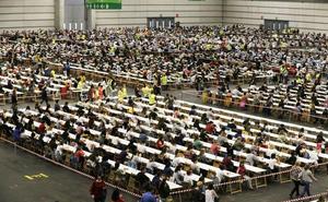 Osakidetza expedienta a seis miembros del tribunal de la OPE de Traumatología y suspende de forma provisional el examen