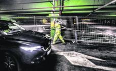 El parking de Santa Bárbara pierde más de la mitad de sus plazas por las obras de reforma