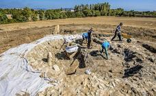 Los arqueólogos vuelven a Lakondoa