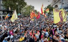 Miles de personas se concentran en Barcelona un año después del 20-S