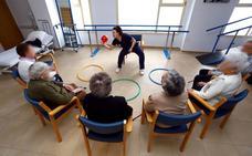 La mitad de los cuidadores de personas con demencias y Alzheimer supera los 65 años