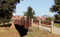 Trapagaran sustituirá a principios de 2019 las dos pasarelas de madera sobre el arroyo Granada