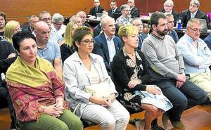 Los principales acusados del 'caso De Miguel' negocian que sus parejas no entren en prisión