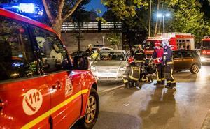 Un aparatoso accidente junto al polideportivo de Mendizorroza deja varios heridos