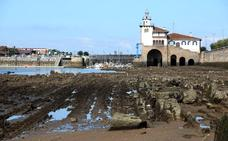 Las espectaculares imágenes que las mareas vivas dejan en la costa vizcaína