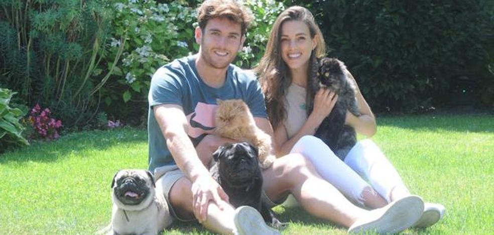 La gata encontrada por Ibai Gómez e Ingrid Betancor ya tiene nueva familia