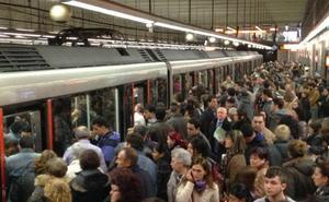 La avería en una aguja en Etxebarri vuelve a provocar retrasos generalizados en el metro