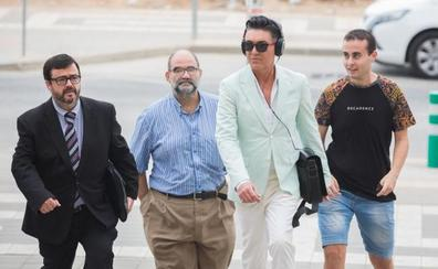 El fiscal pide 20 meses de prisión para Ángel Garó