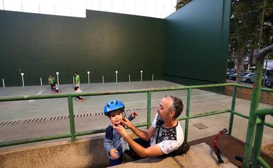 Miranda invertirá 240.000 euros en la cubierta del frontón de Anduva diseñada por De Juana