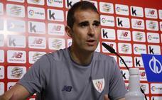Garitano culpa de la derrota en Oviedo al viaje a Inglaterra