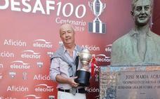 «Si no entramos en Copa, nos teñimos las cejas», lanza Francisco Egusquiaguirre (Arenas)