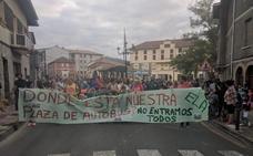 Se movilizan en Zalla contra la retirada del bus escolar a menores de dos años