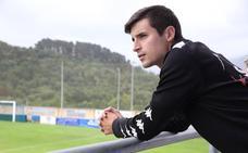 Mikel Zarrabeitia (Amorebieta): «Iñigo Vélez es muy cercano»