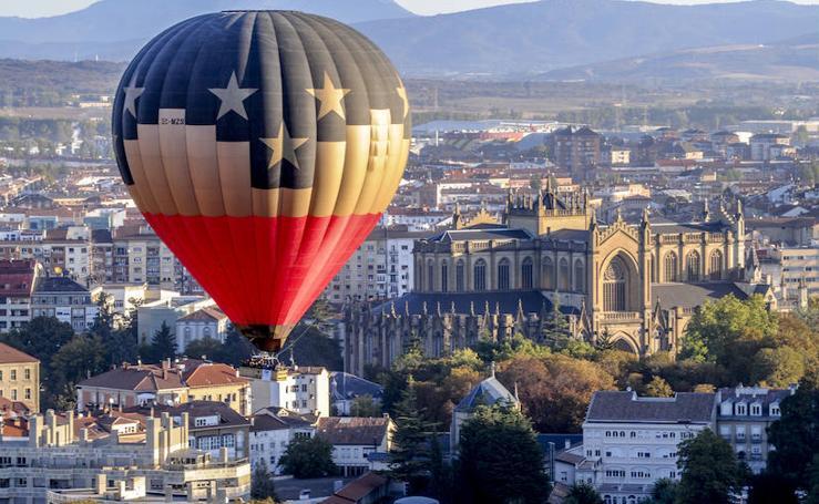 Los globos cubren el cielo de Vitoria