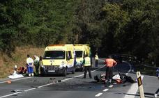 Muere un motorista de 47 años al colisionar con una furgoneta en Muskiz