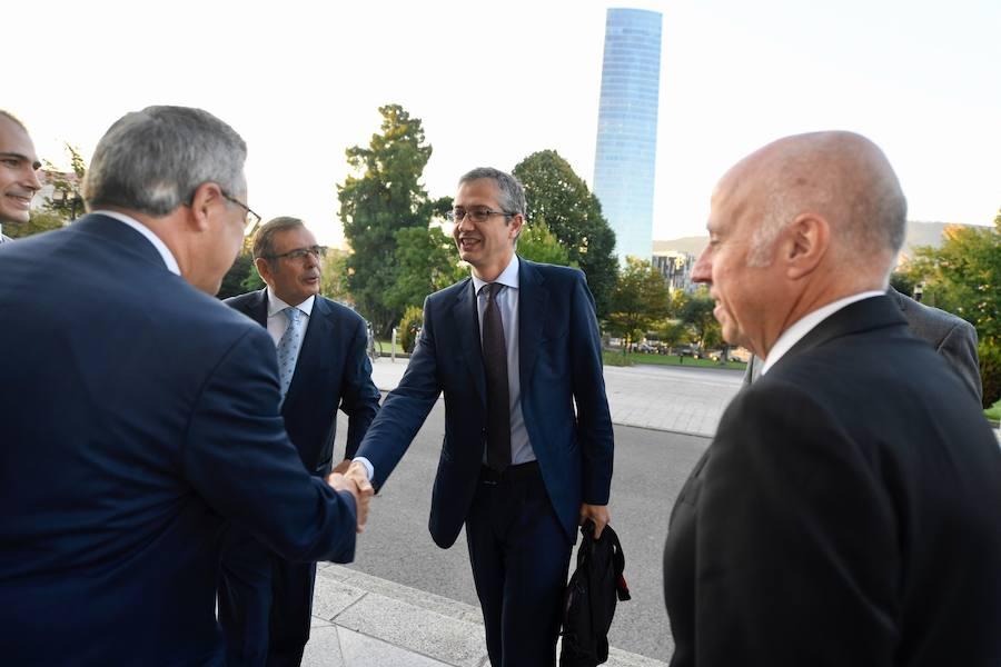 El Banco de España advierte de que los bancos no han superado aún las secuelas de la crisis