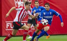 Oleaga salva al Bilbao Athletic ante el Logroñés