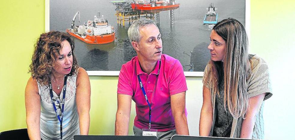 Pine salva con cruceros y eólica marina la caída de clientes como La Naval