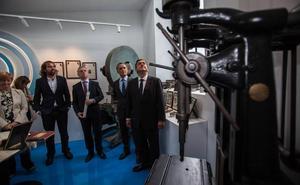 TDG recupera su historia indemne al bombardeo de Gernika en un museo
