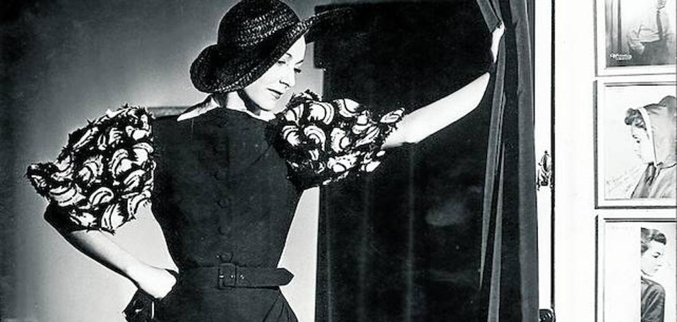 Repaso a un siglo de fotografía de moda en el Museo Balenciaga