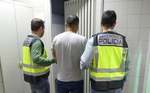 Arrestan en Getxo a un ciudadano peruano buscado por la Interpol por robo a mano armada