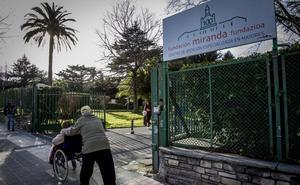 Los trabajadores de la residencia Miranda de Barakaldo anuncian seis días de huelga