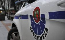 Detenido en Otxandio un joven por entrar a robar en una casa rural y agredir a un huésped