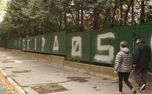 Desvelado el misterio sobre los autores de las pintadas de 'gripaos' en Vitoria