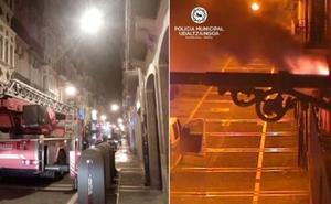 Seis heridos, dos de ellos graves, en el incendio de un piso en Pamplona