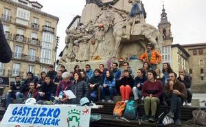 Escaladores exigen al Ayuntamiento «una solución rápida» al cierre de los rocódromos