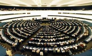 El Gobierno evita comprometerse a equiparar el catalán y el castellano en la Eurocámara
