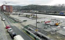 Siete firmas pujan por el primer solar municipal para hacer pisos en Zorrozaurre
