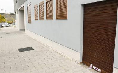 La Policía Local precinta la guardería sin licencia de Salburua hasta que regularice su situación