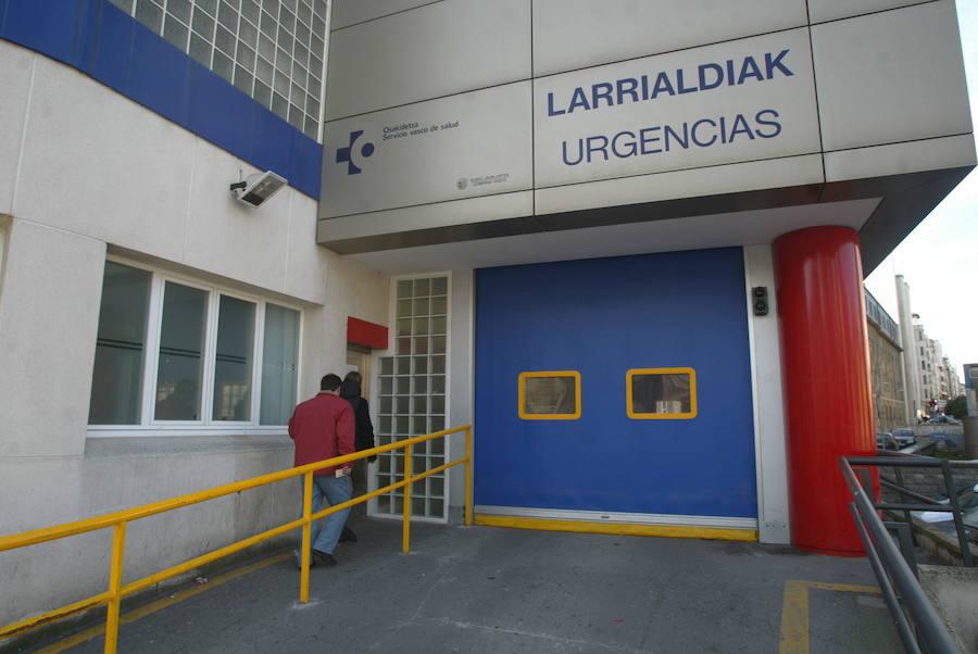 Buscan a un acosador de mujeres trasladado desde Madrid y fugado en Urgencias del hospital Santiago