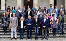 Treinta nuevos funcionarios de la Diputación de Álava toman posesión de sus plazas