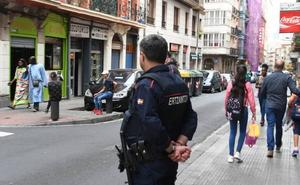 Detenida por amenazar con un destornillador y robar a un hombre en San Francisco
