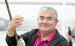 «En la ría de Bilbao se puede pescar de todo»
