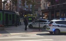 Herida una mujer de 80 años en Vitoria tras ser golpeada por el tranvía