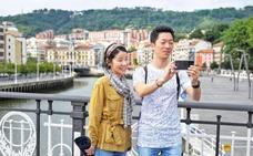 Euskadi cierra otro verano de récord, con un aumento del 4,3% en la llegada de turistas