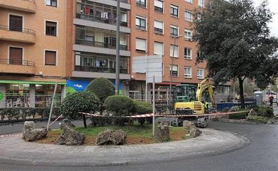 La entrada al casco urbano de Iurreta se transforma