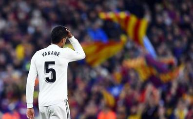 Varane estará un mes de baja por una lesión en el aductor derecho