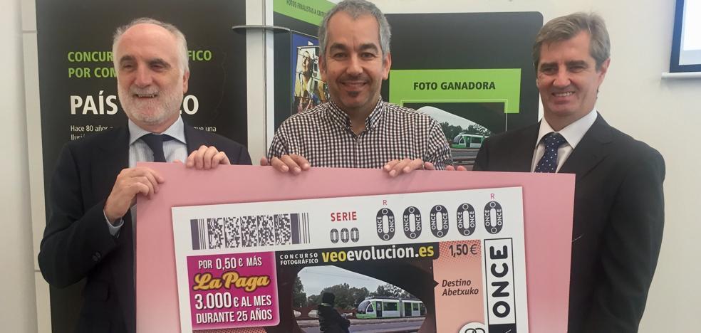El tranvía de Vitoria recorrerá toda España con la ONCE