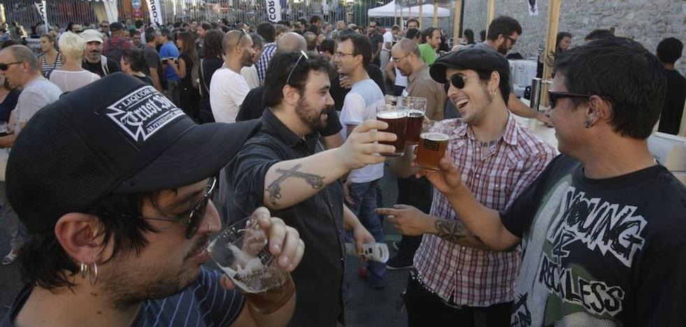 Legumbres y cerveza para el mercado de la almendra