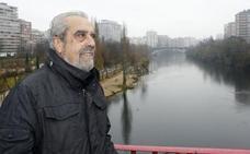Muere el primer alcalde de la democracia de Valladolid cuando subía a de San Juan de Gaztelugatxe