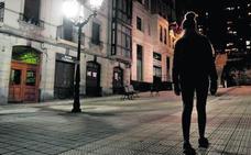 La fiscal pide 80 años para tres acusados de abusar de una joven y grabarlo con el móvil en Bilbao