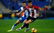 El Espanyol es segundo tras hundir al Athletic en la tabla