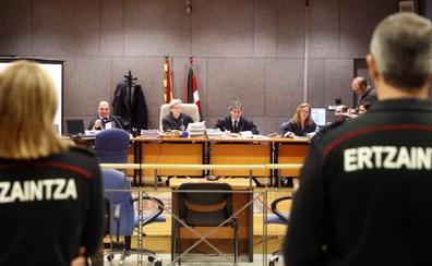 La Fiscalía mantiene su petición de absolución para los 6 ertzainas acusados de la muerte de Cabacas