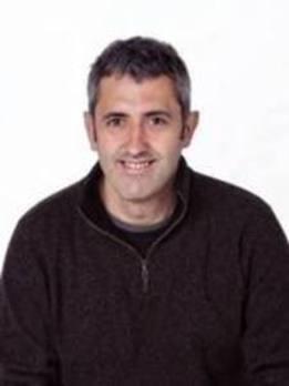 El edil Ander Uriarte toma el relevo a Urko López en liderar la candidatura en Amorebieta