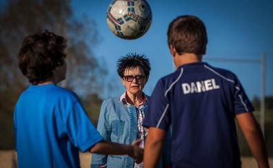 Ana Astobieta (II): El Sondika, la liga de dos equipos y el Athletic femenino